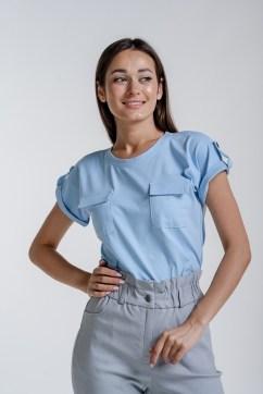 Женская футболка светло-голубая с карманами на груди
