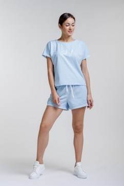 Женский летний костюм с шортами и принтом Get it girl на футболке голубой